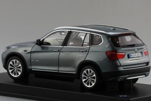 1/18 Dealer Edition BMW X3 2nd Generation F25 (2011–2017) (Grey) Diecast Car Model