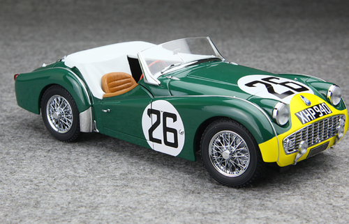 1/18 Kyosho Triumph 1959 TR3S LM No.26 (Green / Yellow) Diecast Car Model