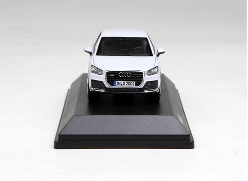 1/43 Dealer Edition Audi Q2 (White) Enclosed Diecast Car Model