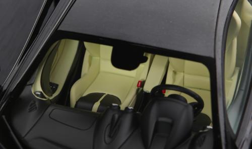 1/18 TSM TopSpeed McLaren 570S (Black) Enclosed Car Model