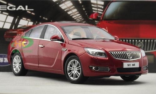 1/18 Dealer Edition 2010 Buick Regal (Red) Diecast Car Model