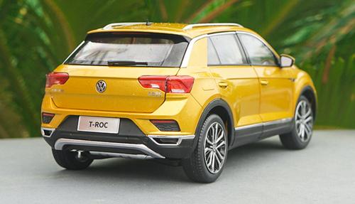 1/18 Dealer Edition Volkswagen VW T-ROC TROC (Yellow/Golden) Diecast Car Model