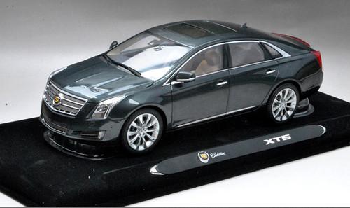 1/18 Dealer Edition Cadillac XTS (Grey) Diecast Car Model