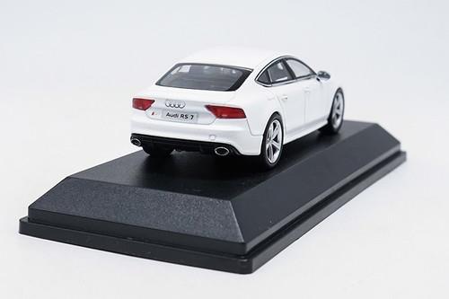 1/43 Dealer Edition Audi RS7 Sportback (White) Diecast Car Model