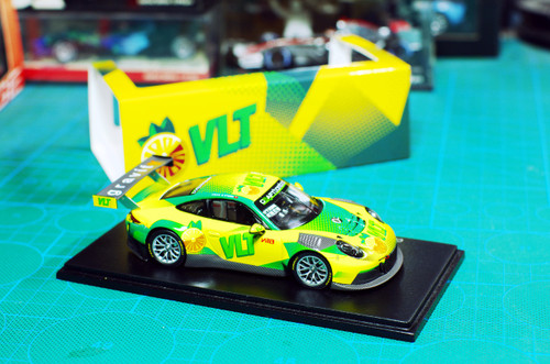 1/43 Spark CBR Porsche 911 GT3 R FIA GT World Cup Macau 2017 Diecast Car Model