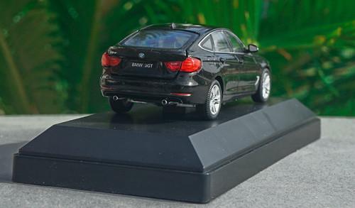 1/43 Dealer Edition BMW 3 Series GT 330i GT 340i GT (Black) Diecast Car Model