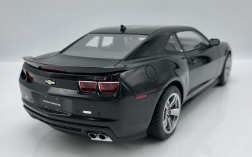1/18 Dealer Edition Chevrolet Chevy Camaro ZL1 (Black) Resin Car Model