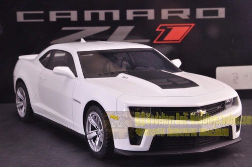 1/18 Resin Hand Made Chevrolet Camaro ZL1 (White)