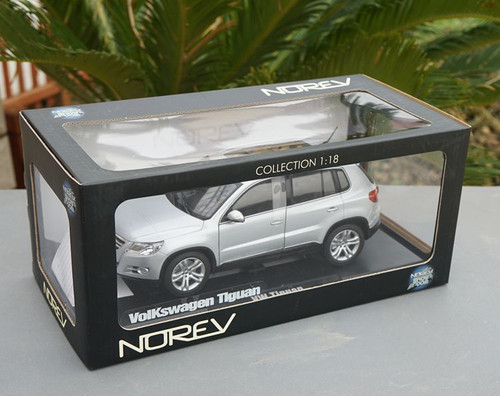 1/18 Norev Volkswagen VW Tiguan (Silver) Diecast Car Model