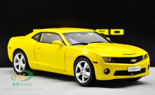 1/18 Chevrolet Camaro (Yellow)