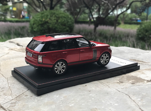1/43 Dealer Edition Land Rover Range Rover (Red) Diecast Car Model