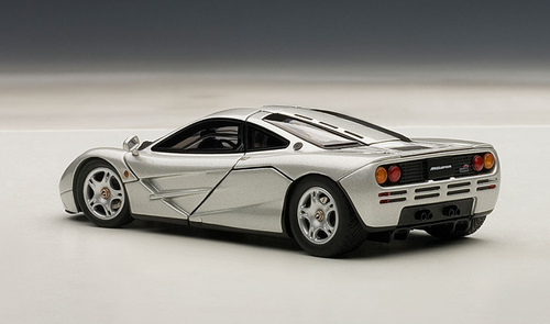 1/43 AUTOart McLaren F1 (MAGNESIUM SILVER/METALLIC SILVER) Diecast Car Model