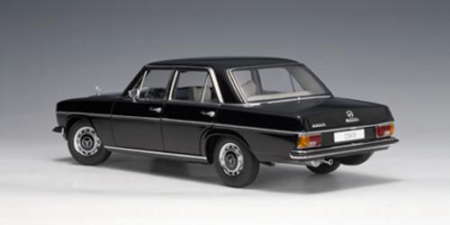RARE 1/18 AUTOart MERCEDES-BENZ /8 220D LIMOUSINE (BLACK) Diecast Car Model