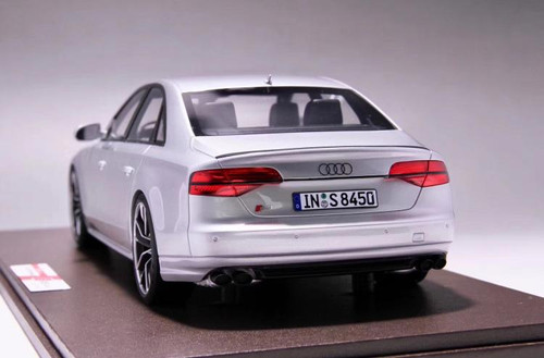 1/18 MOTORHELIX 2017 Audi S8 Plus (Silver) Enclosed Resin Model Limited 199