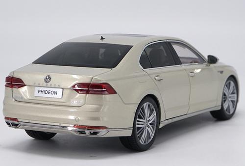 1/18 Dealer Edition Volkswagen VW Phideon (Champagne) Diecast Car Model
