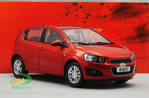 1/18 Chevrolet Aveo (Orange)