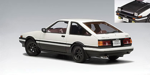 1/18 AUTOart TOYOTA SPRINTER TRUENO (AE86) SPECIAL TUNED VERSION - WHITE WITH BLACK BONNET Diecast Car Model