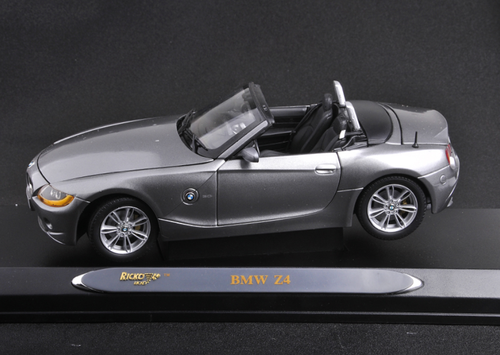 1/18 Ricko BMW Z4 E85 / E86 (Grey) Diecast Car Model