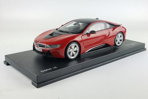 1/18 Dealer Edition BMW i8 (Red) Diecast Car Model