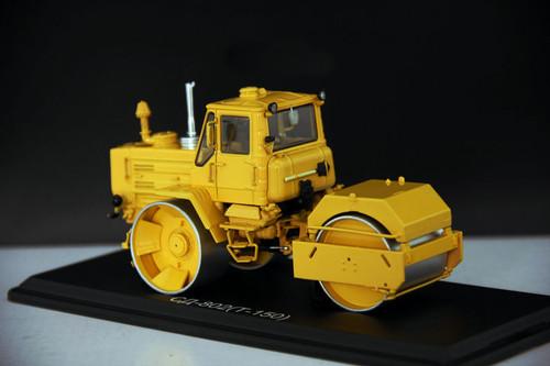 1/43 Traktor SD-802 T-150 Asphaltwalz Roller SSM USSR UdSSR russian DDR Tractor Diecast Model
