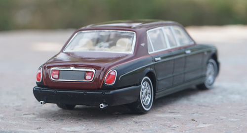 1/43 Dealer Edition Bentley Arnage Limousine Diecast Car Model
