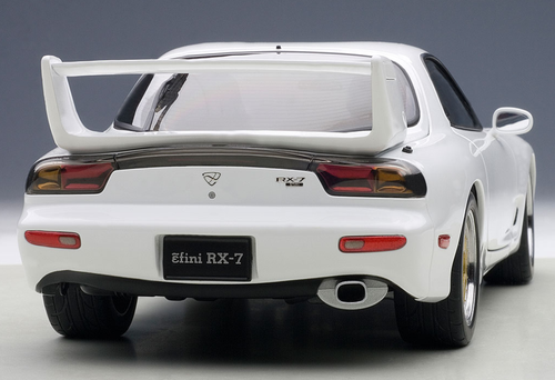 1/18 AUTOart MAZDA ɛ̃fini RX-7 RX7 (FD) TUNED VERSION (PURE WHITE) Diecast Car Model