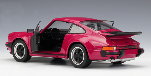 1/24 Welly FX 1974 Porsche 911 Turbo 3.0 (Red) Diecast Car Model