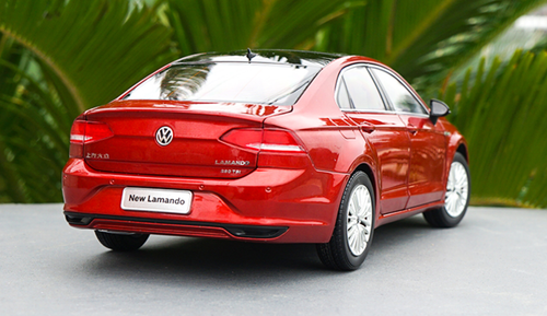1/18 Dealer Edition 2018 Volkswagen VW Lamando (Red) Diecast Car Model