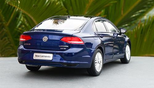 1/18 Dealer Edition 2018 Volkswagen VW Lamando (Blue) Diecast Car Model