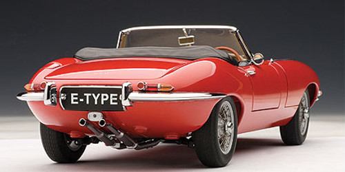 1/18 AUTOart JAGUAR E-TYPE ROADSTER SERIES I 3.8 (RED)(WITH METAL WIRE-SPOKE WHEELS) Diecast Car Model 73601