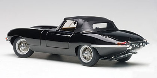 1/18 AUTOart JAGUAR E-TYPE ROADSTER SERIES I 3.8 (BLACK)(WITH METAL WIRE-SPOKE WHEELS) Diecast Car Model 73605
