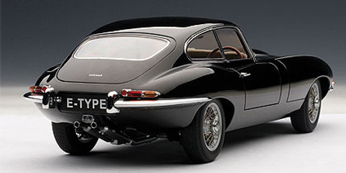 1/18 AUTOart JAGUAR E-TYPE COUPE SERIES I 3.8 (BLACK)(WITH METAL WIRE-SPOKE WHEELS) Diecast Car Model 73611