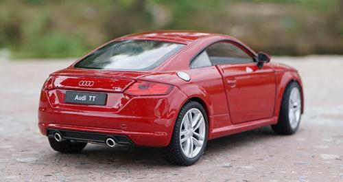 1/24 Welly FX 2014 Audi TT (Red) Diecast Car Model