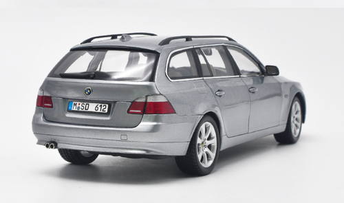 1/18 Dealer Edition BMW E60 5 Series Touring (Silver) Diecast Car Model