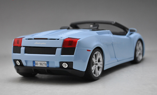 1/18 Maisto Lamborghini Gallardo Spyder (Blue) Diecast Car Model