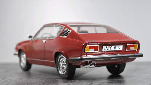 1/18 KK-Scale KK Scale Audi 100 Coupe S (Red) Resin Car Model Limited 399