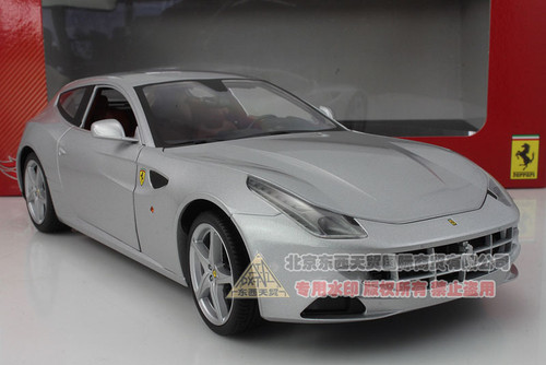 1/18 Ferrari FF (Silver)