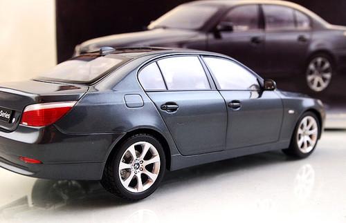 RARE 1/18 Kyosho BMW E60 5 Series 545i (Grey) Diecast Car Model