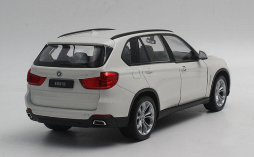 1/24 Welly FX BMW F15 X5 (White) Diecast Car Model