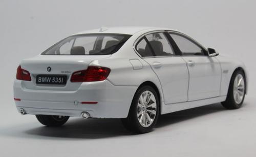 1/24 Welly FX BMW F10 5 Series 535i (White) Diecast Car Model