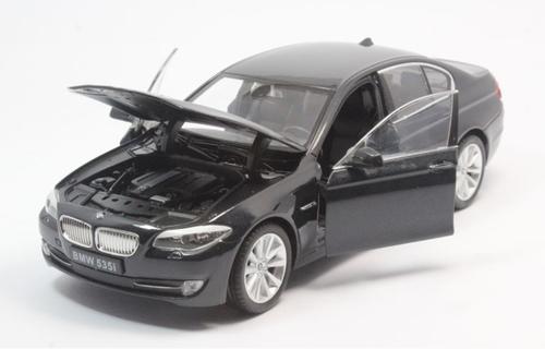 1/24 Welly FX BMW F10 5 Series 535i (Black) Diecast Car Model