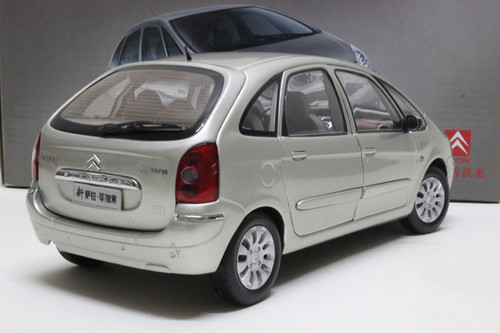 RARE 1/18 Dealer Edition Citroen Picasso (Silver) Diecast Car Model