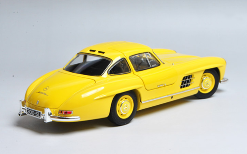 1/18 Minichamps Mercedes-Benz MB 1957 300SL 300 SL Roadster (Yellow) Diecast Car Model Limited 336