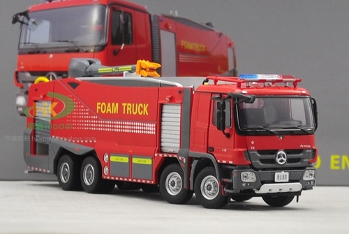 1/50 Mercedes-Benz Actros Fire Foam Truck Diecast Car Model
