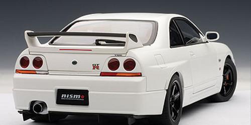 1/18 AUTOart Nissan Skyline GTR GT-R R33 R-Tune (White) Diecast Model Car 77325