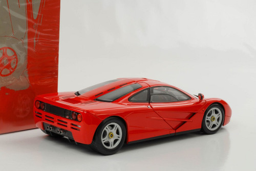 1/18 Minichamps McLaren F1 (Red) Diecast Car Model