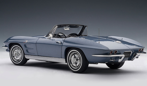 1/18 AUTOart 1963 CHEVROLET CORVETTE CONVERTIBLE - SILVER BLUE Diecast Car Model 71192