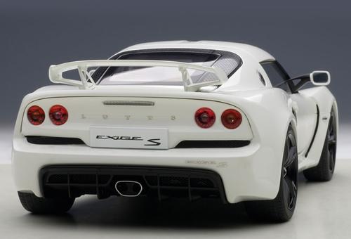 1/18 AUTOart LOTUS EXIGE S (WHITE) Diecast Car Model 75383