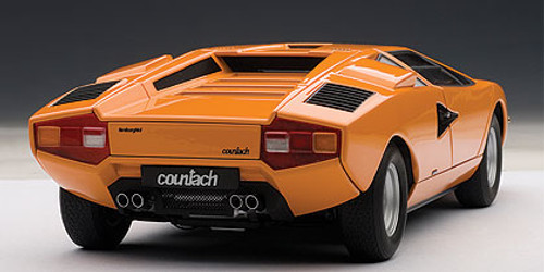 1/18 AUTOart LAMBORGHINI COUNTACH LP400 (ORANGE) Diecast Car Model 74647