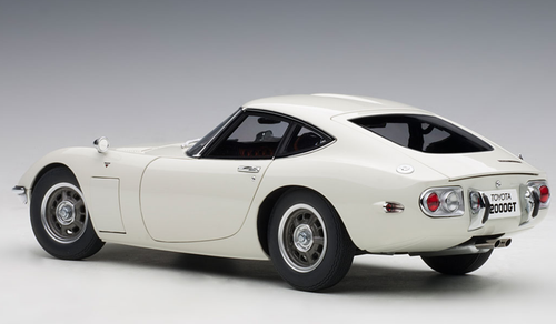 1/18 AUTOart TOYOTA 2000GT 2000 GT (WHITE) Diecast Car Model 78753